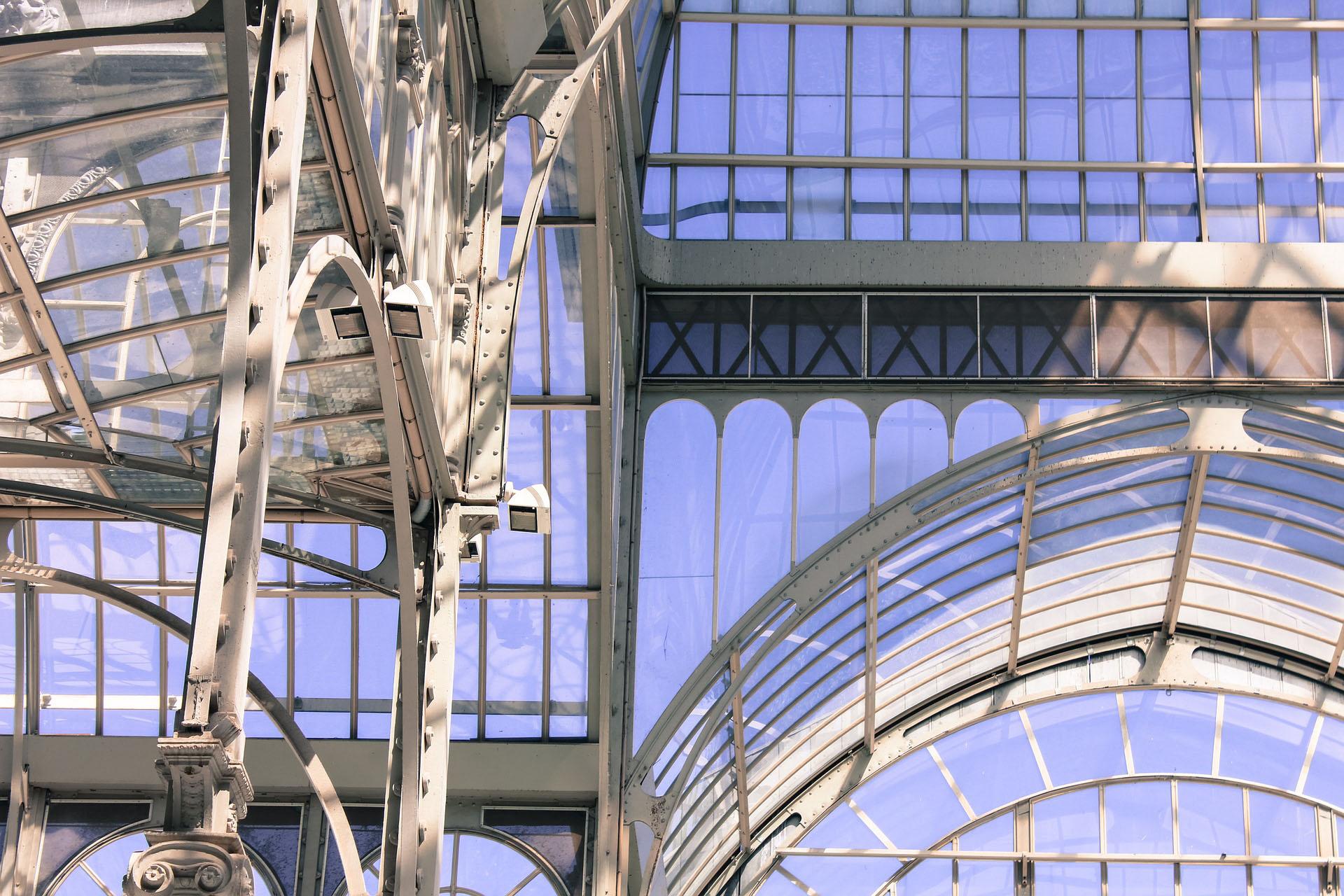 5 edifici in vetro e le loro storie straordinarie