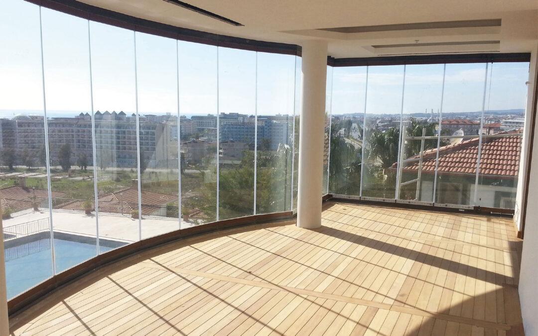 Vetrate Scorrevoli Panoramiche amovibili sono a norma di legge.